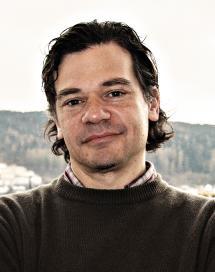 http://www.lawtransform.no//wp-content/uploads/2013/07/2842-Roberto-Gargarella-2.jpg